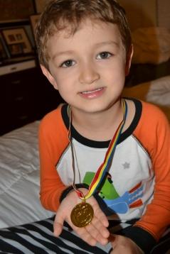 Ryan com a medalha